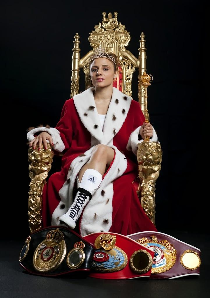 Nonsolobotte susi kentikian regina assassina o reginetta for La regina anne casa