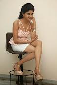 naveena latest glam pics-thumbnail-18