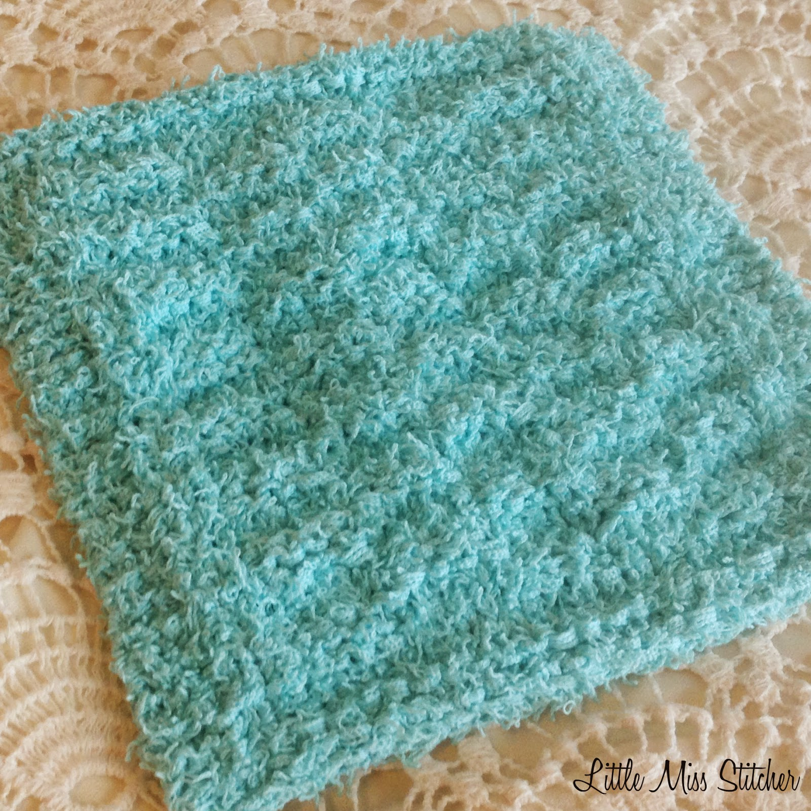 Knitting A Dishcloth Pattern Easy : Little Miss Stitcher: 5 Free Knit Dishcloth Patterns