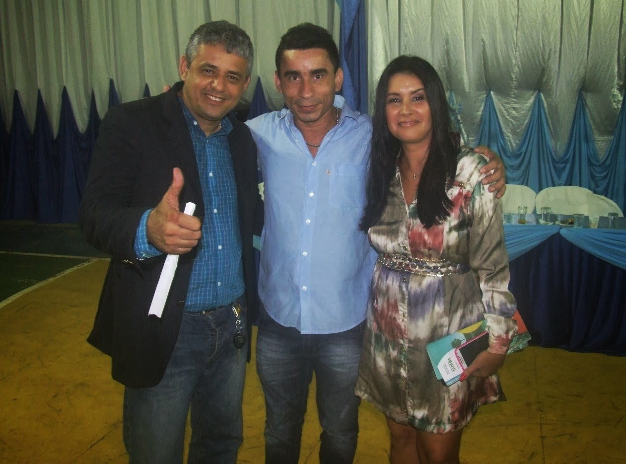 Joabe Reis com Eraldo Pimenta e sua esposa Denise Pimenta