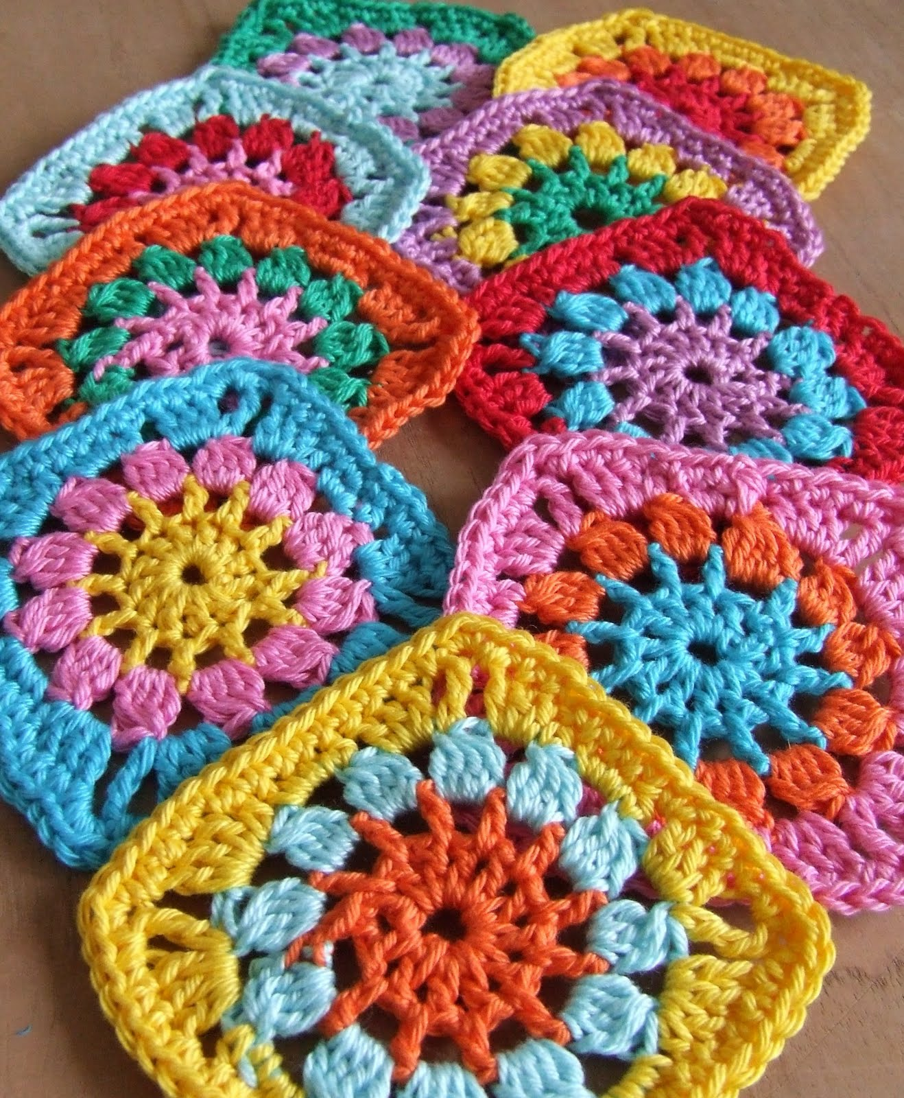 Crochet Granny Square Pattern : lined granny square baby blanket crochet pattern crochet patterns ...