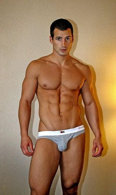 Shirtless Men Turkey: Hunk Of The Day