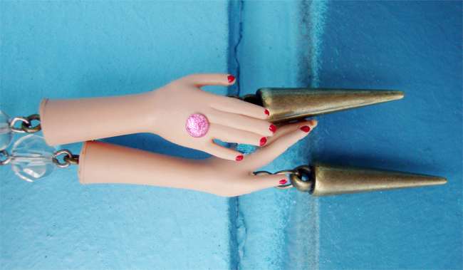 anne sophie cochevelou, barbie hand earrings, quirky earrings