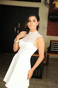 Isha Talwar Glamorous photos-thumbnail-3