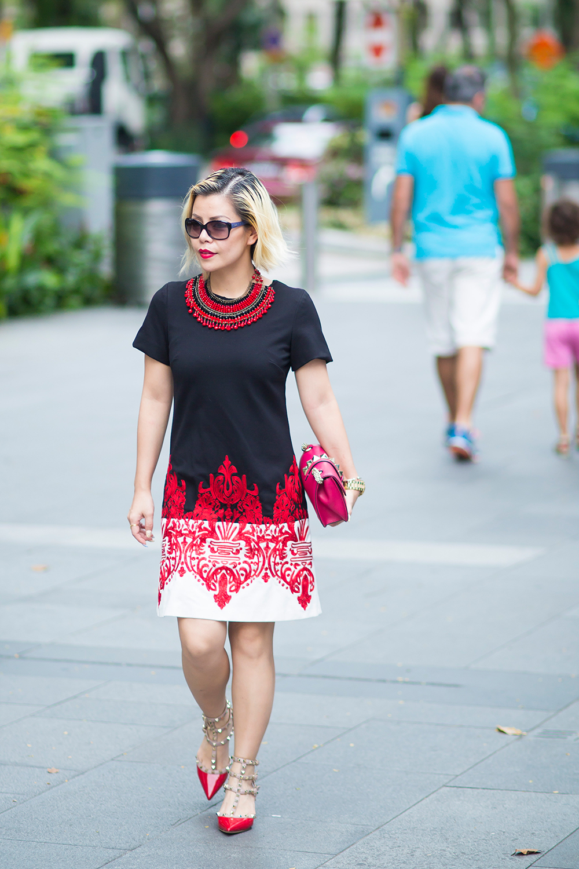 Fashion Blogger- CrystalPhuong- Fewmoda dress and Valentino shoes and bag