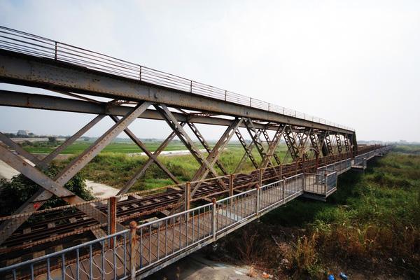 虎尾鐵橋重回百年景觀風華 雲林縣府感謝東鋼協助修復