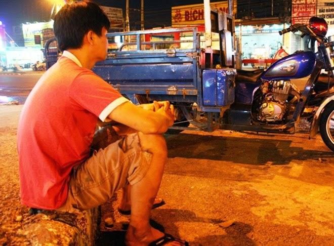 Quyết định khởi tố hình sự 2 người hôi bia ở Đồng Nai