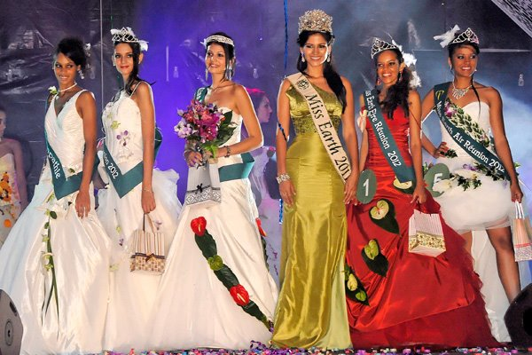 Miss Earth Reunion 2012 winner Aisha Valy