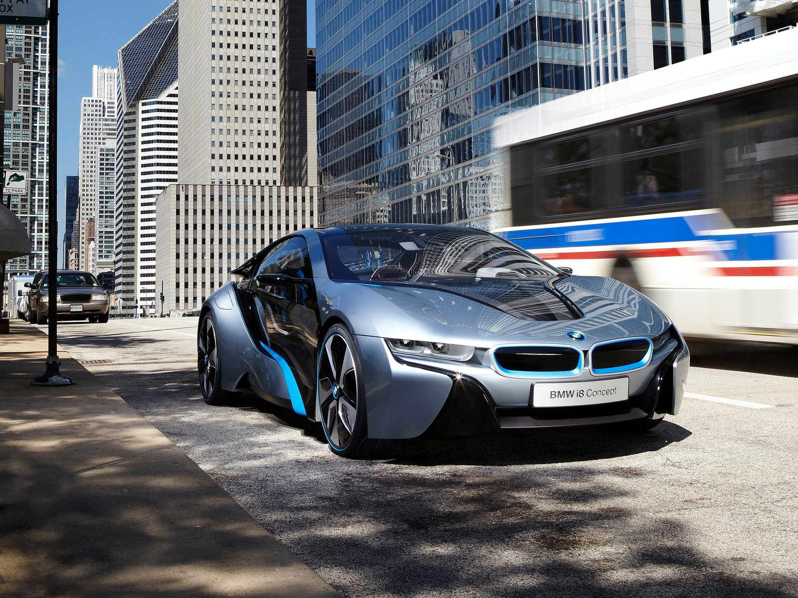 Automotive Database: BMW i8