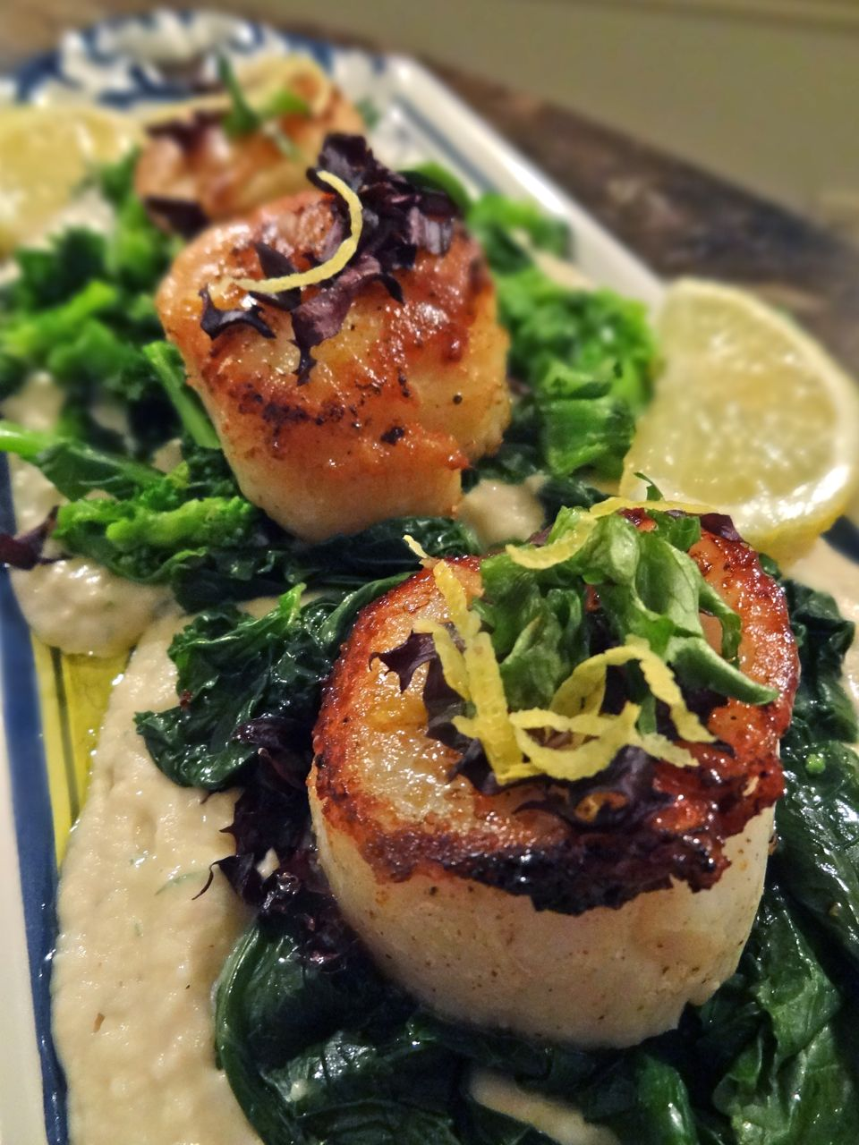 ... seared sea scallops pan seared scallops served pan seared scallops