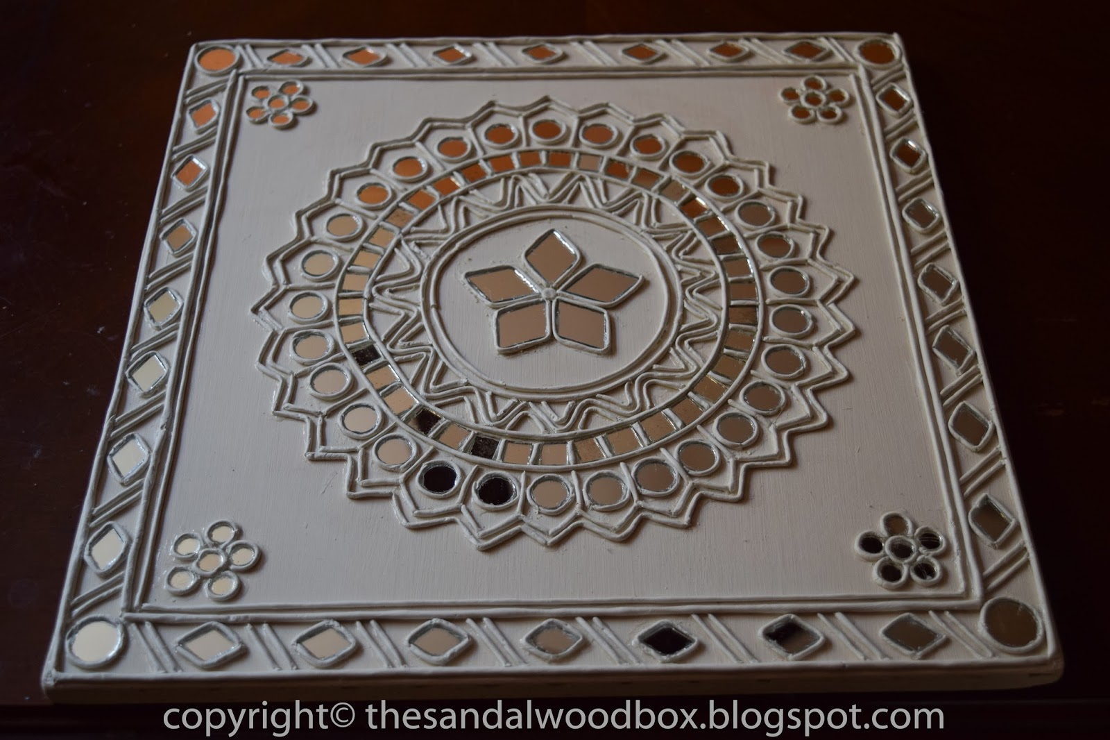The Sandalwood Box Lippan Kaam Mud Mirror Work