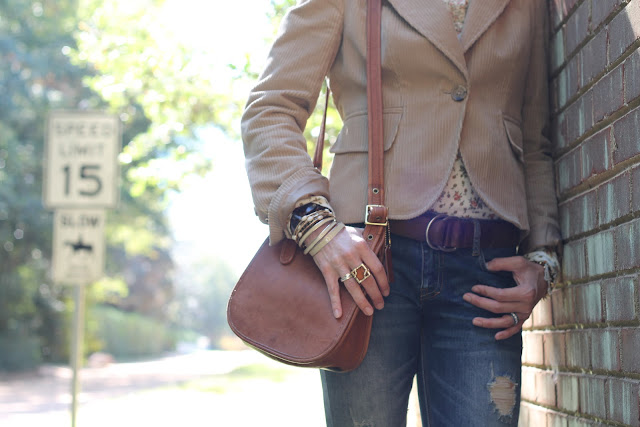 Cynthia Rowley Shirt, Zara Jeans, Charlie 1 Horse Boots, Luv Aj Earrings, Blinde Sunglasses, Banana Republic Jacket, Coach Purse, the Queen City Style