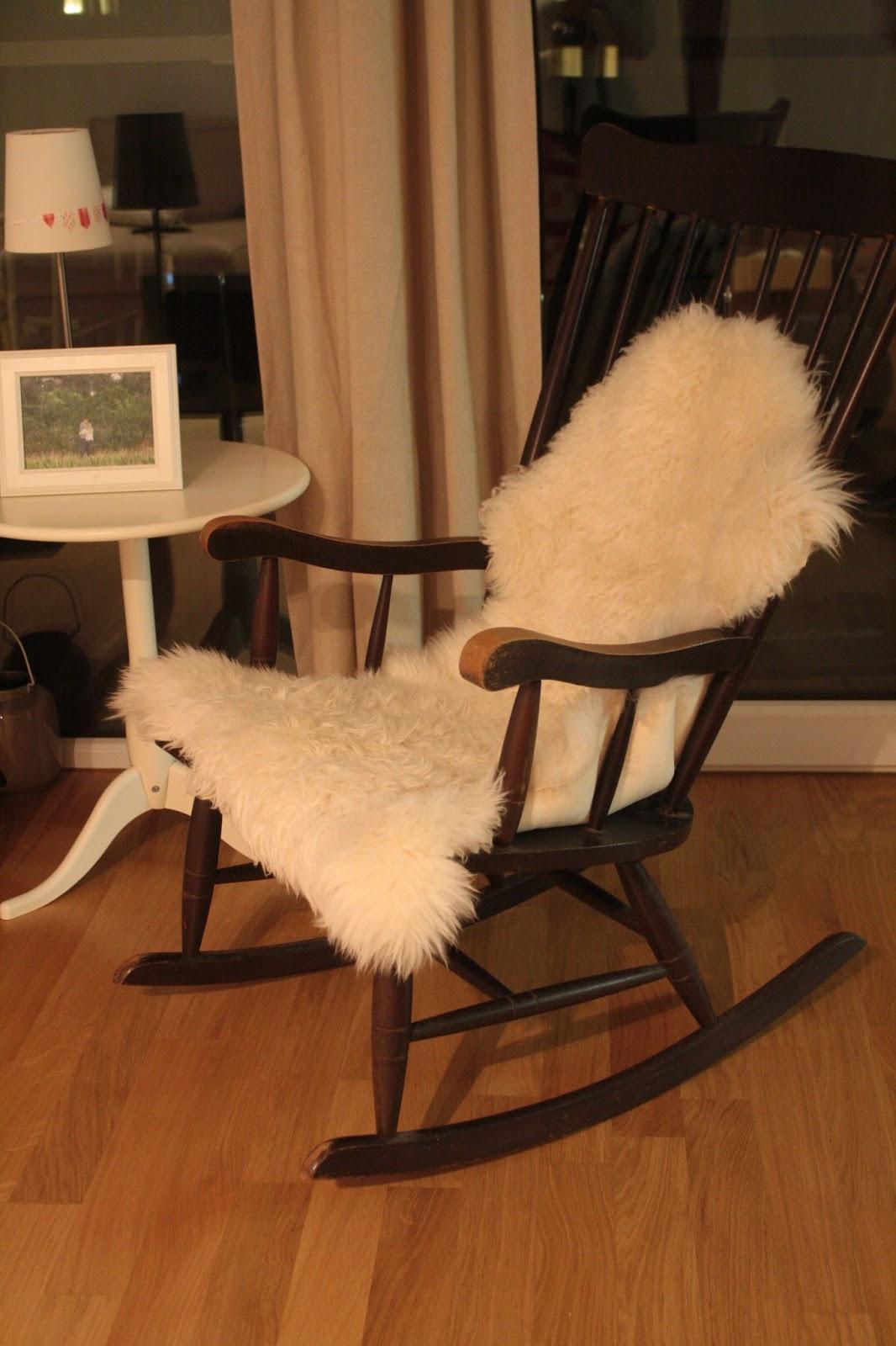 ein traum von einem stuhl deko hoch drei. Black Bedroom Furniture Sets. Home Design Ideas