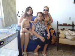 A FAMILÍA REUNIDA