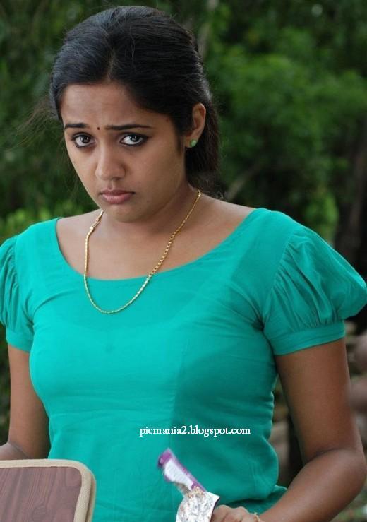The malayalam hot actor ananya ,ananya malayalam