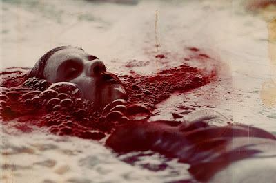 http://4.bp.blogspot.com/-ITw0UPgZZ_w/T0vM8x9v26I/AAAAAAAAAbs/-1dnecC4sgA/s1600/blood,bubbles,drowned,ophelia,tumblr,water-dfb8f38a6a6ad8167f30d42784516178_h.jpg