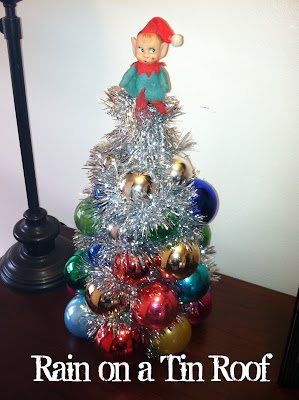 DIY Christmas Ornament Tree {rainonatinroof.com} #DIY #Christmas #ornament #tree