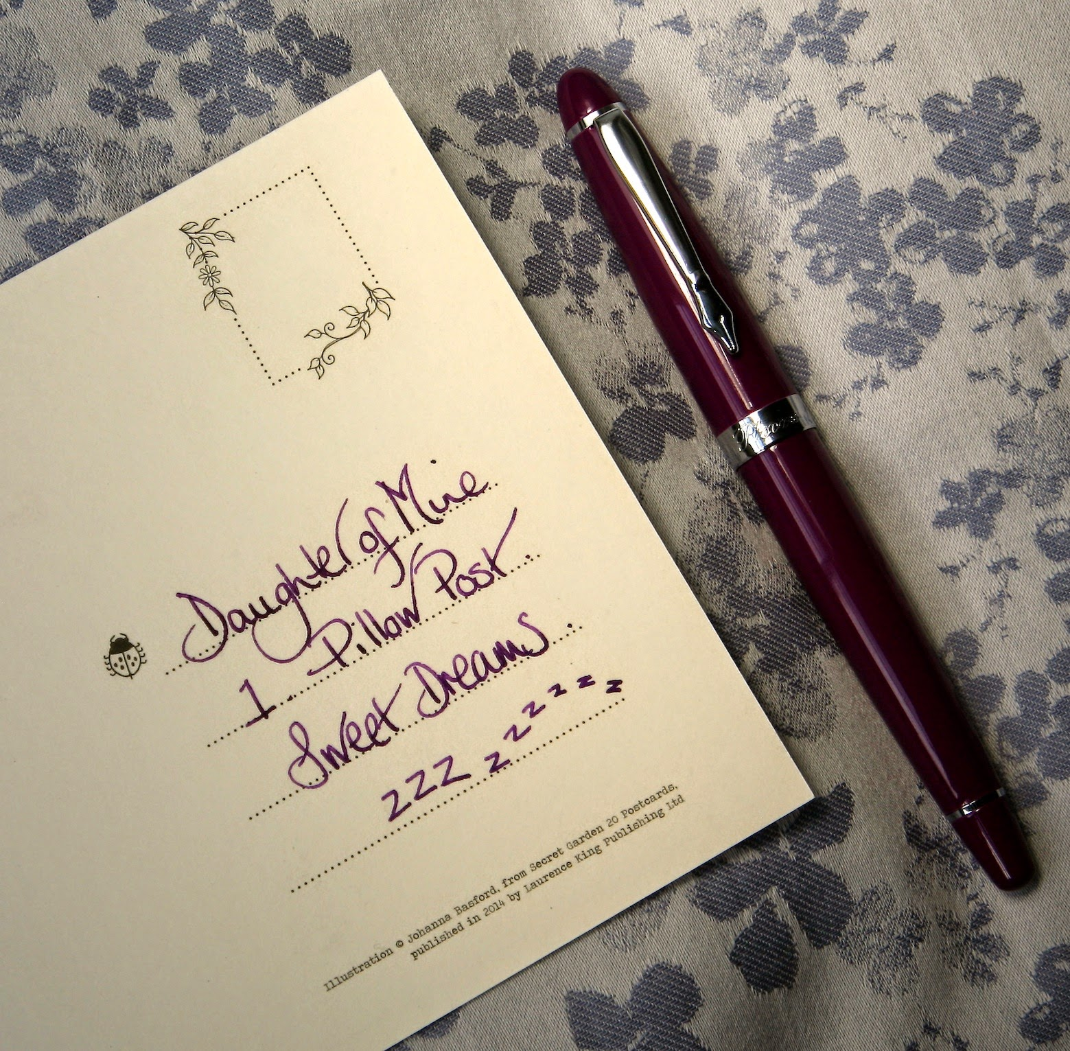 Purple PLOOMS fountain pen