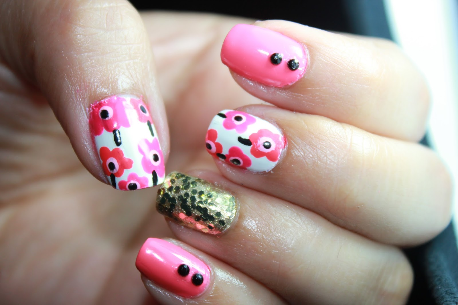 Nayelis Crafts The Creative Spot 2 Different Nail Art