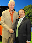 Mr. Brian Su with Mr. Bill Clinton at GTA (EB-5) Grand Openning July 2012