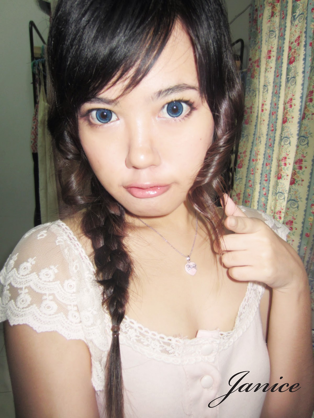 Amatuer asian girl tube mack gets