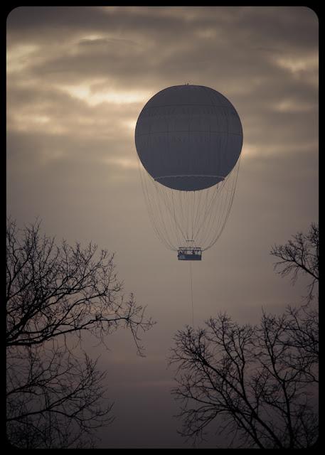 Balon nad Wisłą. Pocztówka z Krakowa. Fot. Łukasz Cyrus, Ruda Śląska