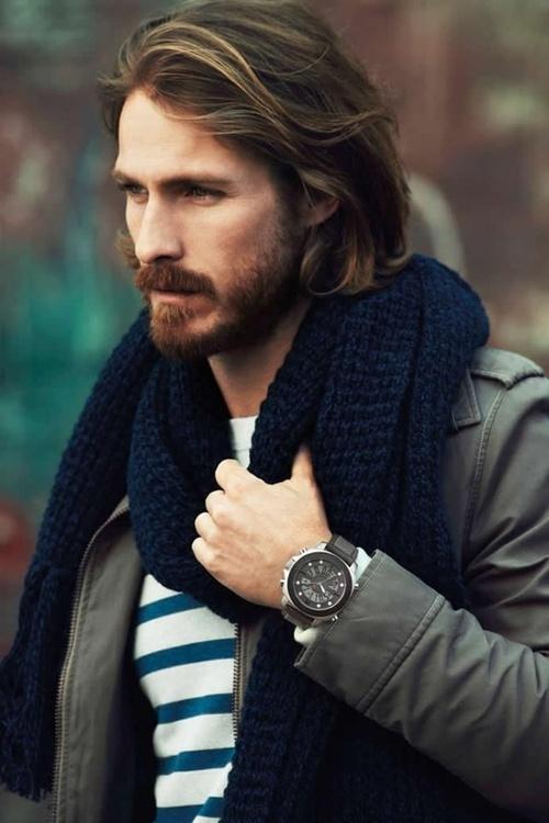 Gel effet mouillant homme cheveux long