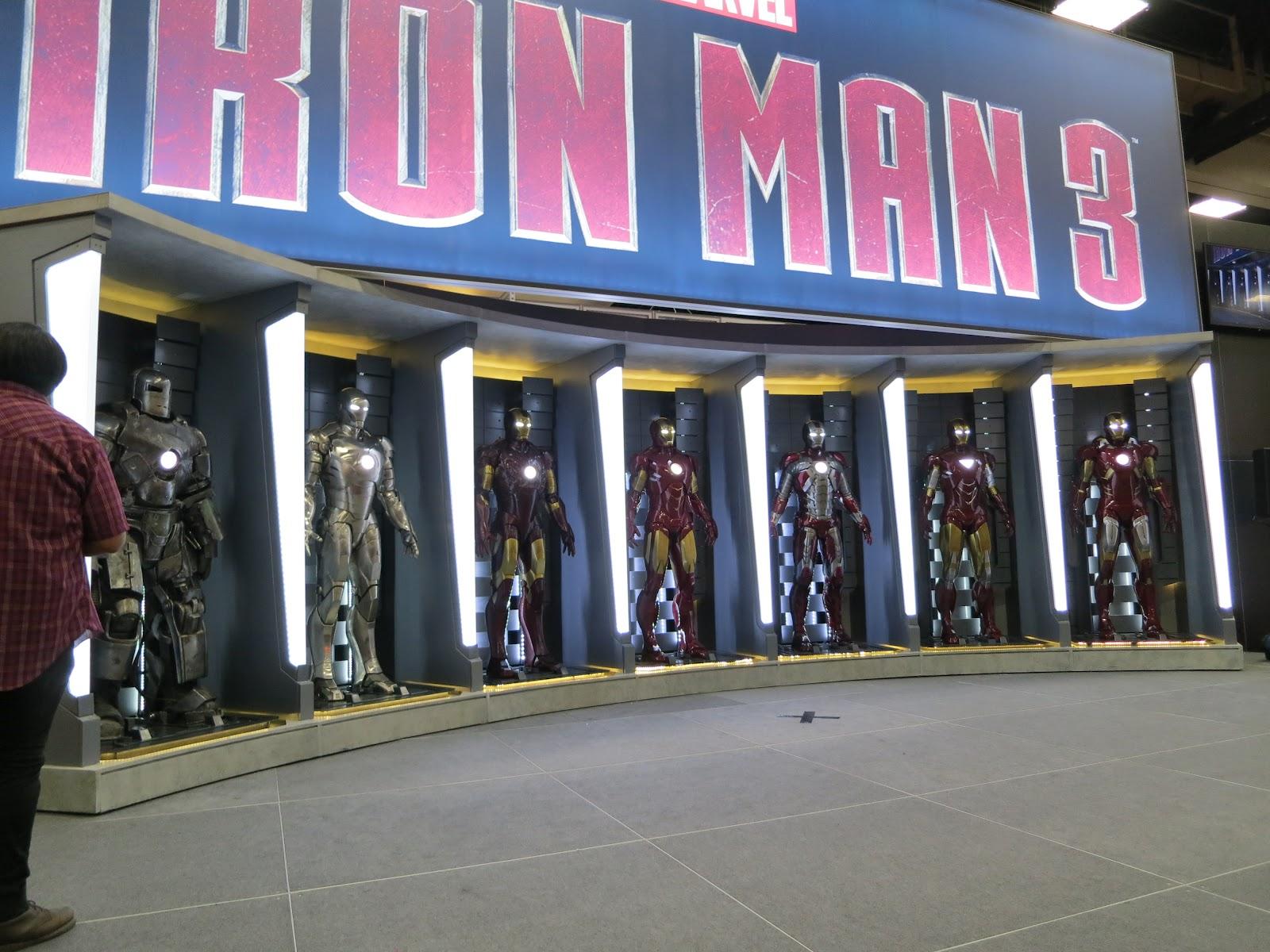 http://4.bp.blogspot.com/-IUoUnuvuPq8/UACIJQsoU6I/AAAAAAAABEY/2gJMnvrz74k/s1600/Iron_Man_3_Brings_Tony_Stark_Armor_Comic_Con_1342058508.jpg