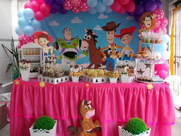 Toy Story provençal Menina
