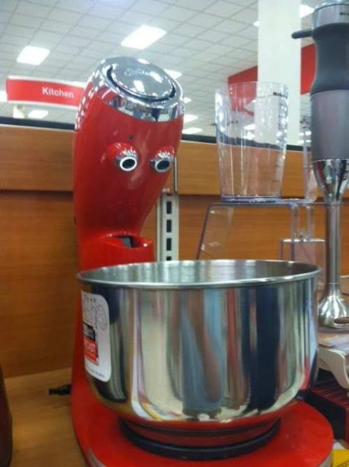 03-@FacesPics-Faces-in-Things-Photographs-www-designstack-co