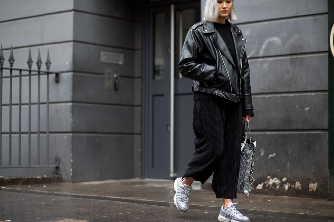 all black, oversized leather jacket, jumpsuit, issey miyake bag, silver trainers, london fashion week spring 2016