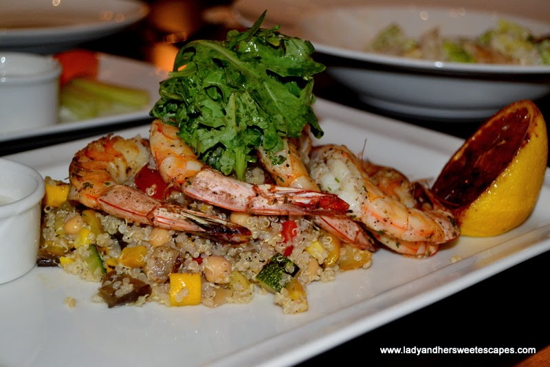 Mo's grilled shrimp with quinoa salad