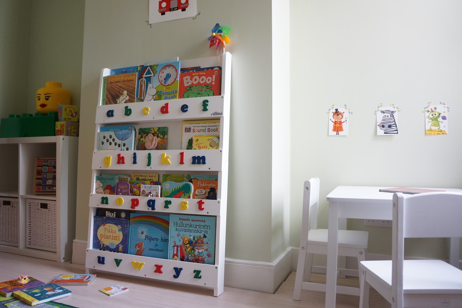 tidy books bookcase review