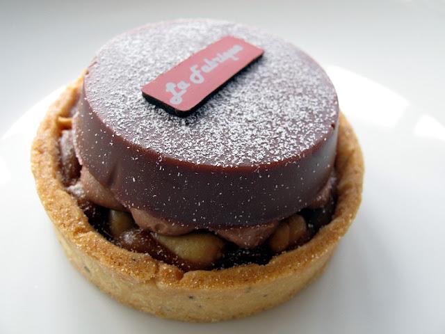 La Fabrique à Gâteaux - Paris - Tarte façon Twix (chocolat, cacahuètes, caramel)