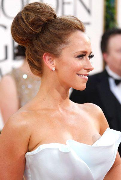 Peinado y maquillaje para bodas sugerencias de peinados for Recogidos de famosas para bodas