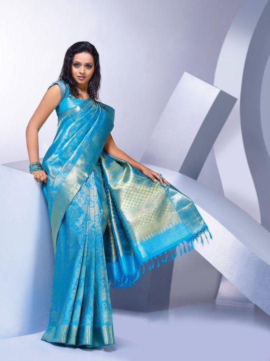 Bhavana fans association bavana in pulimoottil silks ad bavana in pulimoottil silks ad thecheapjerseys Image collections