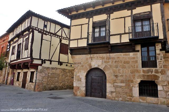 Fachadas medievales castellanas, Gumiel de Izán