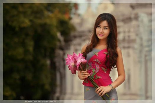 Beauty of Myanmar Girl  Chan Moe Lay with Myanmar Dress