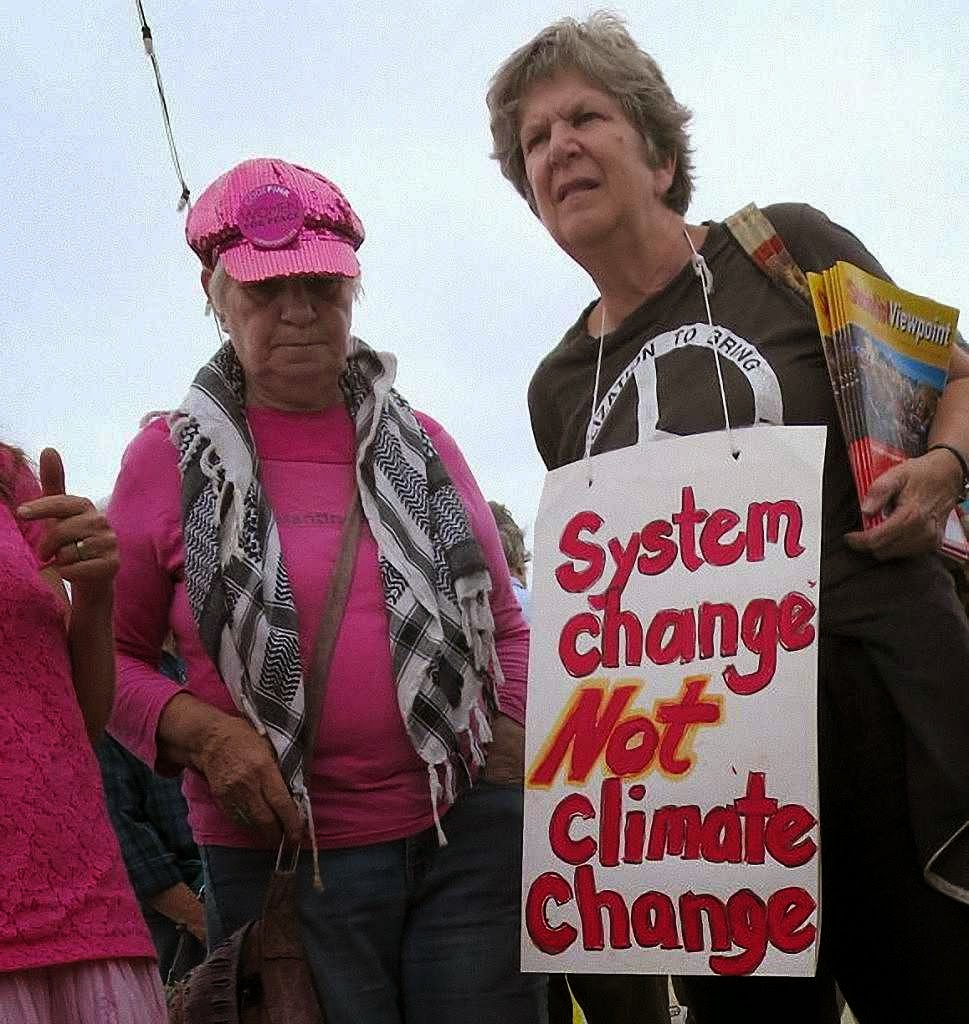 Vetustos hippies: 'mudança de sistema e não mudança climática'  Oakland, Califórnia, 23-09-2014
