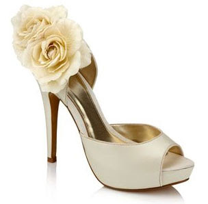 ����� ����� ����������� ����� ���� 2013** ivory bridal shoes-3.jpg