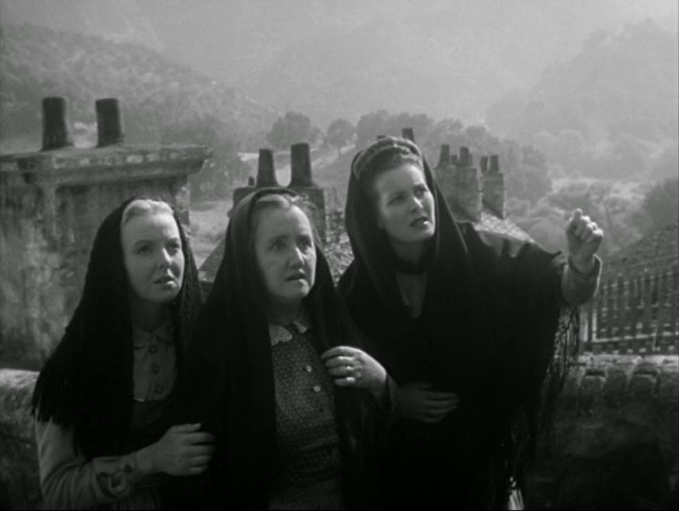 Maureen O'Hara, Anna Lee, and Sara Allgood in How Green Was My Valley