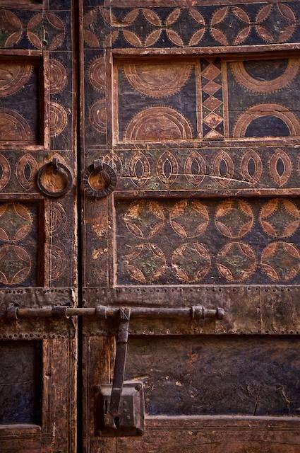 Marta decoycina de puertas para adentro for Como empapelar puertas
