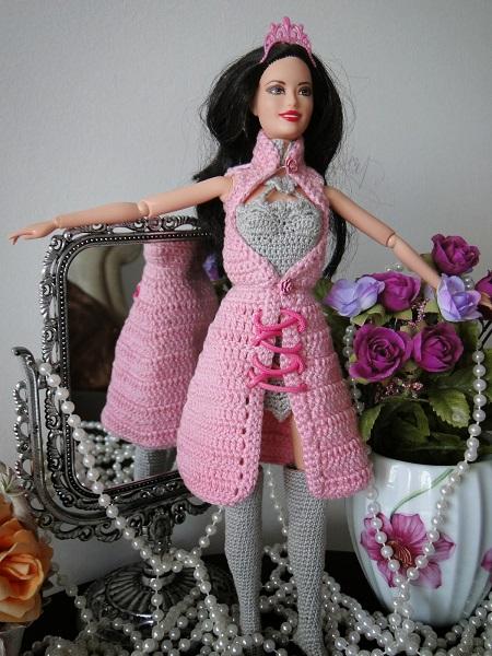 Barbie bruxinha de Pecunia MillioM