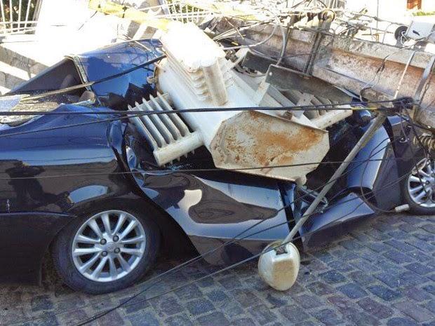 Por sorte, ninguém ficou ferido no acidente (Foto: Marcus Augusto/Site Voz da Bahia)