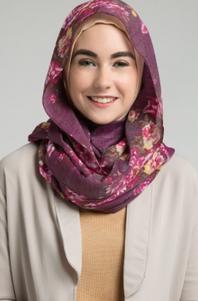 Model Hijab Dengan Wajah Bulat
