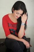 Hari Priya dazzling stills-thumbnail-16