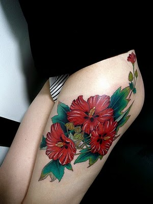 http://4.bp.blogspot.com/-IY31kurxgLs/TfiIlRWh1KI/AAAAAAAACmk/VeHcqwiRgRE/s1600/Awesome-leg-Thigh-With-Flower-Tattoo-looks-gorgeous.jpg