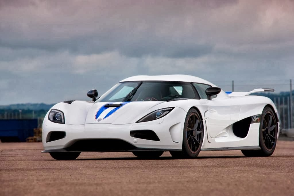 koenigsegg agera r super car wallpaper