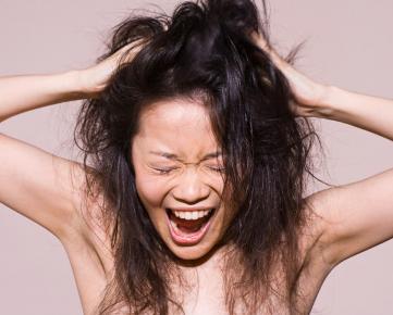 stress gara-gara rambut kering