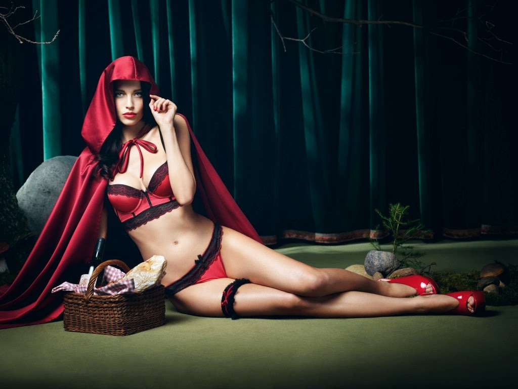 Iris Kavka - lingerie Photoshoot